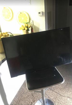 40 inch tv for Sale in Orlando, FL