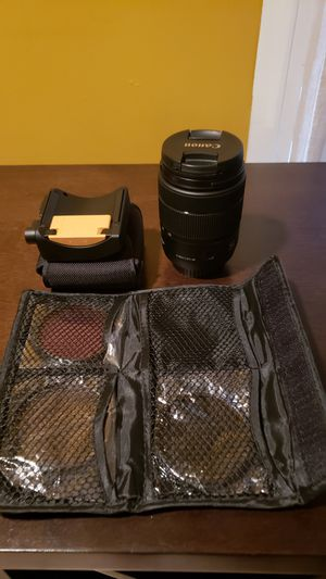 Canon 18-135mm lens with 4 colored filters and auto zoom adapter for Sale in Brooklyn, NY