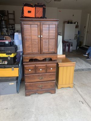 Small dresser and cabinet for Sale in Gresham, OR