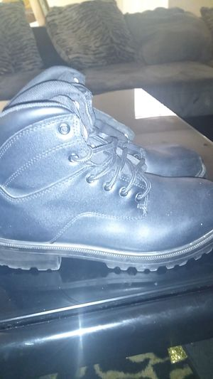 Work boots size 9 for Sale in North Las Vegas, NV