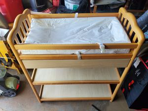 BABY CHANGING TABLE w/ DRAWER & SHELVES, WHEELS for Sale in Andalusia, PA