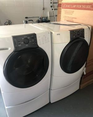 Kenmore washer and gas dryer for Sale in HAINESPRT Township, NJ