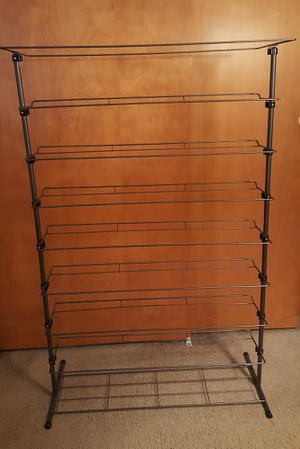 LIGHT WEIGHT SHOE RACK (PICK UP NEAR DOWNTOWN PUYALLUP) for Sale in Puyallup, WA