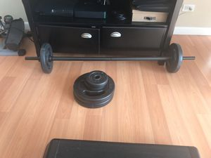 Weight Set with Bar and Step Platform for Sale in Miami, FL