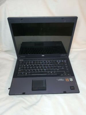 HP Compaq 6715b Laptop For Parts Only for Sale in Madison, WI