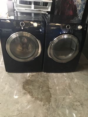 Set washer and dryer brand Samsung electric dryer everything is good working condition 90 days warranty delivery and installation for Sale in San Leandro, CA