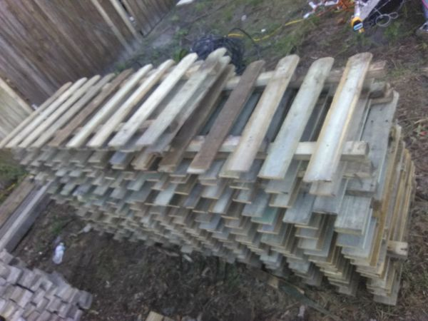 Picket Fencing for sale