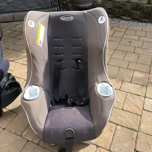 Graco car seat, best offer for Sale in Tacoma, WA