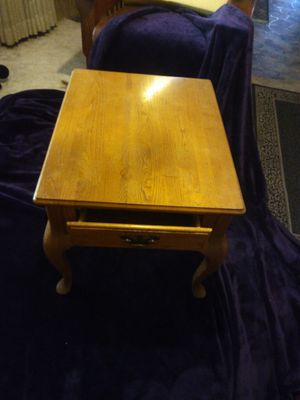 End Table - Real Wood for Sale in Mount Hope, KS