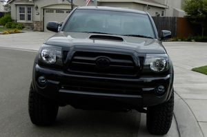 Nice and Clean Toyota Tacoma TRD for Sale in Flint, MI