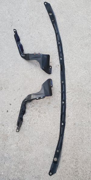 Integra brackets - fenders bumper for Sale in San Bernardino, CA