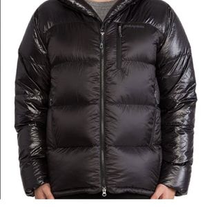 Patagonia Fitz Roy Parka for Sale in Chicago, IL