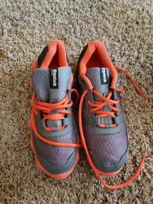 REEBOK SHOES SIZE 7 for Sale in Hanford, CA