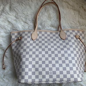 Louis Vuitton Neverfull MM for Sale in Lynwood, CA