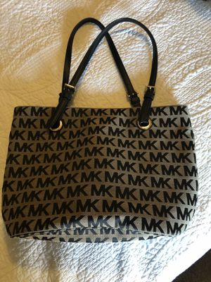 Pretty MK purse $65.00 obo for Sale in Merigold, MS