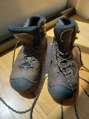 Women's Keen hiking boots - Size 9.5 for Sale in Cambridge, MA