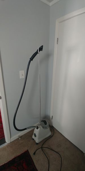 Jiffy Personal Clothing Steamer for Sale in Stone Mountain, GA