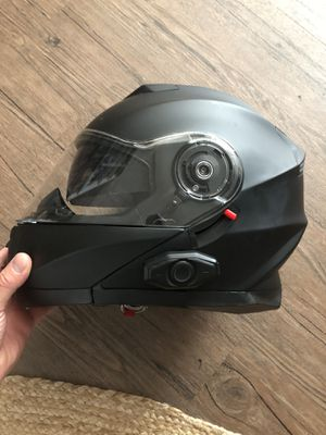 Techno Bluetooth helmet!!! for Sale in Torrance, CA