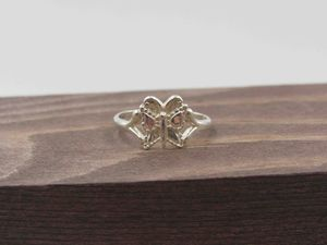 Size 4 Sterling Silver Dainty Butterfly Band Ring Vintage Statement Engagement Wedding Promise Anniversary Bridal Cocktail Friendship for Sale in Everett, WA