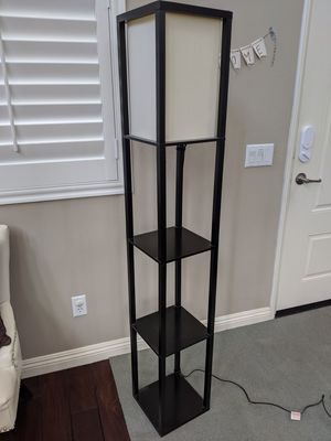 Floor Lamp for Sale in Los Alamitos, CA
