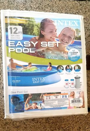 INTEX 12ft × 30IN Easy Set Swimming Pool with PUMP AND FILTER INCLUDED for Sale in La Verne, CA
