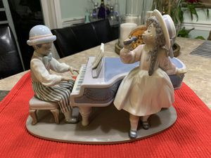 "Lladro Figurine #5930 ""Jazz Duo"" Black Legacy for Sale in Woodbridge, VA"