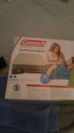 Coleman queen air mattress 18 inches tall for Sale in Portland, OR