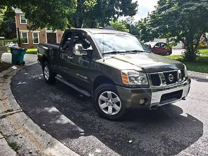 🍁I'm the first owner and i want to sell my 2005 Nissan Titan $1400 for Sale in Los Angeles, CA