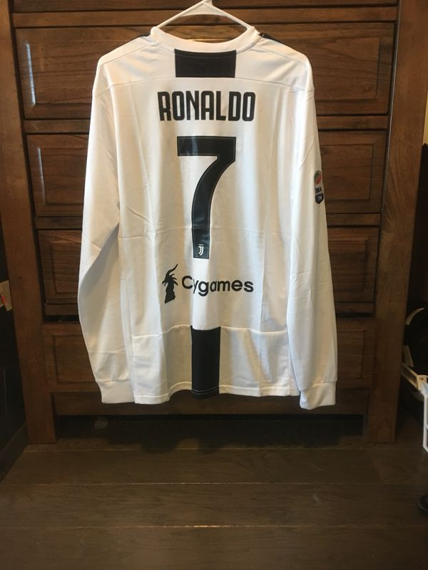 Juventus Cristiano Ronaldo  7 long sleeve jersey for Sale in ... 13bbadcb5