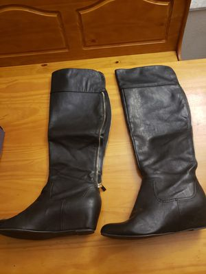 Jennifer Lopez Black Knee-High Boots Size 10 for Sale in Kissimmee, FL