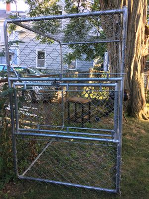Dog Fenced in kennel / outdoor crate for Sale in Lowell, MA