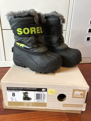Sorel kids snow boots size 8 for Sale in Millbrae, CA
