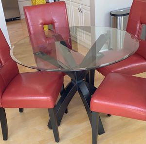 Kitchen table w/deluxe chairs for Sale in Foster City, CA