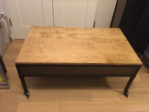 coffee table on wheels with secret storage compartment for Sale in New York, NY