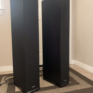 Definitive Technology BP7006 Bipolar SuperTower Audiophile Speakers W/built in Subwoofers for Sale in Valley Center, CA