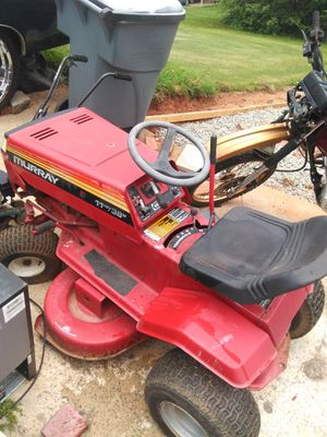 Riding lawn mower for Sale in Decatur, GA