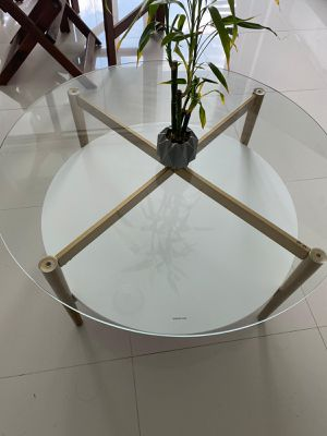 Bartlet coffee table for Sale in Miami, FL