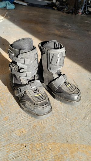 Icon motorcycle at sport riding boots/shoes - men's 7 for Sale in Arlington, TX