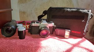 Pentax K1000 camera w/ accessories for Sale in West Mifflin, PA