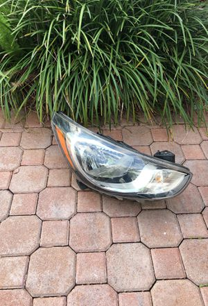 Hyundai Accent parts used headlight for Sale in FL, US