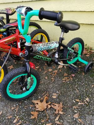 "Kid toddler 12"" Bike bicycle with training wheels for Sale in Seattle, WA"