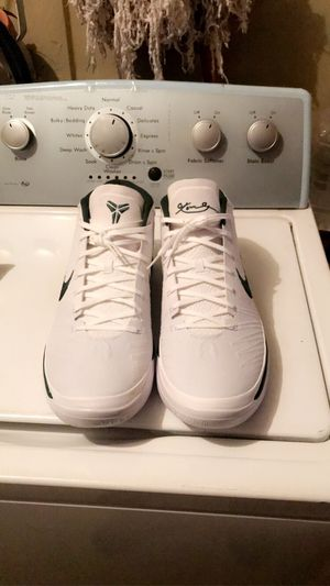 Kobe shoes size 15 for Sale in Selma, CA