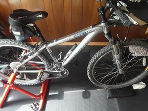 Trek 4300 wsd mountain bike for Sale in Bolingbrook, IL