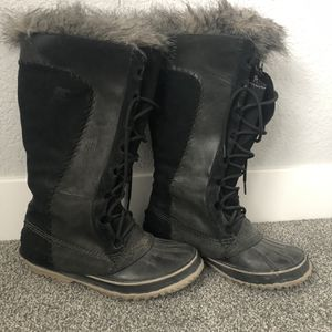 Sorel Tall Snow Boots- Women's Size 9 for Sale in Denver, CO