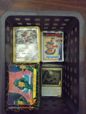 Mixed lot of cards for Sale in Lorain, OH