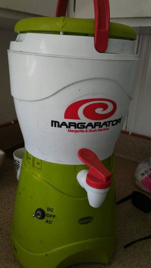 Great Blender mix Margarita & slush machine. for Sale in Chula Vista, CA