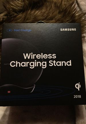 Samsung Wireless Charging Stand new in box $25 for Sale in Wichita, KS
