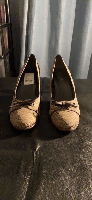 Coach heeled loafer for Sale in Walpole, MA