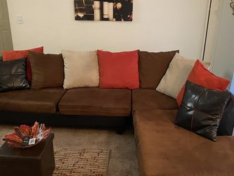 Sectional Couch for Sale in Atlanta,  GA