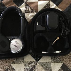 Bose Noise Cancelling Headphones for Sale in Salisbury, NC